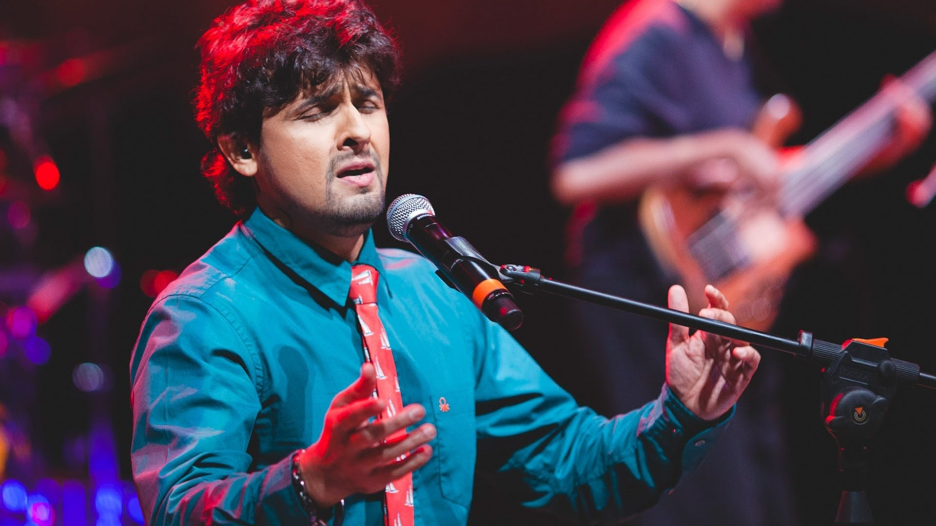 Sonu nigam  (Indian singer)